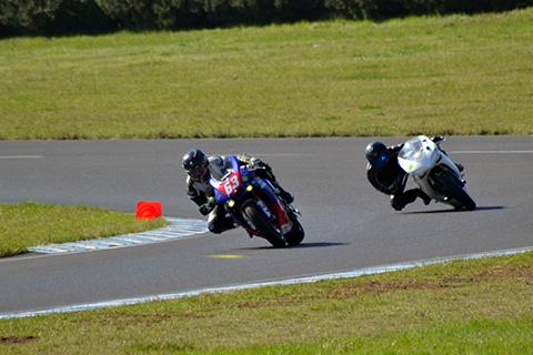 Tarif pour pilotage moto sur circuit d'Issoire (63)